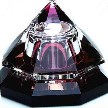 高档 新款水晶 八面金字塔汽车香水座 车载香水 车用香水摆件 饰品(紫